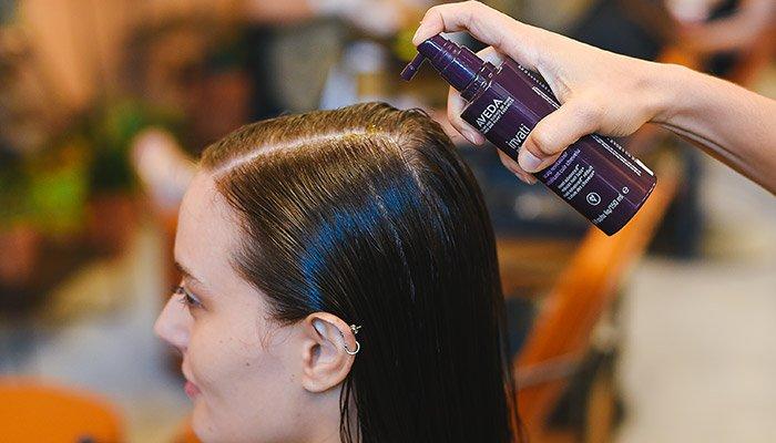 Tratamento para couro cabeludo Aveda Invati